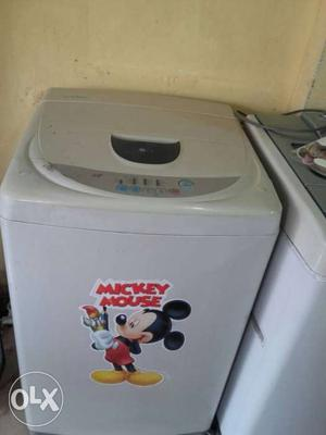 Lg fully automatic washing machine for sell.