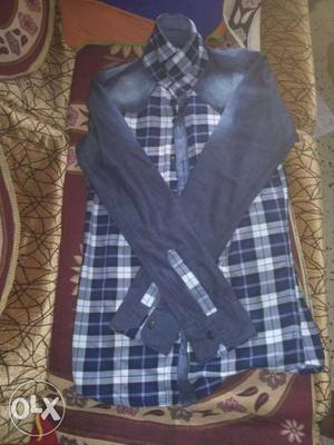 Size: S (between small and medium size)