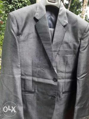 Suit and coat for sale.. sigle use only made in