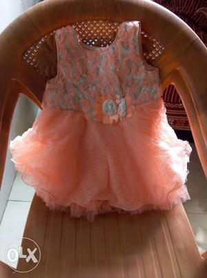 Baby dress and Gowns available 500 pcs wholesaler