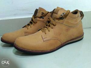 Brand new brown casual shoes. Faux Leather