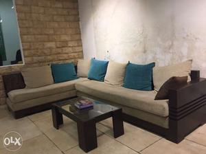 L shape sofa set (wooden) (6.6 X 10.7)