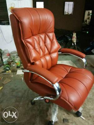 New and fresh Office chair revolving chair rolling chair