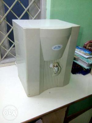 P Top Electric Water Purifier Provides Healthy &
