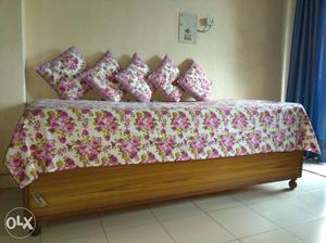Single Bed with storage (6 feet by 3 feet) with