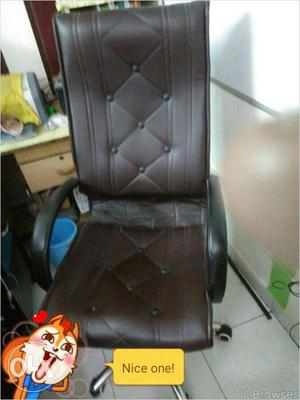 Two Executives chairs - good condition - six