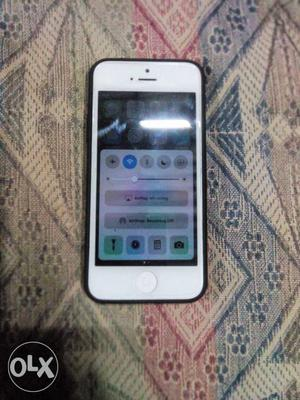 Iphone 5 32GB good condition need to sell urgent