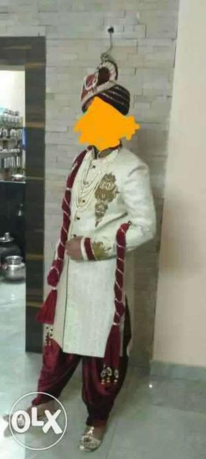 Men's White And Red Sherwani