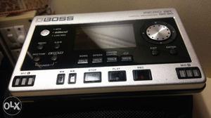 Boss micro BR br-80 dijital 8track recorder..in