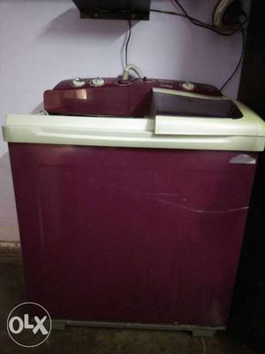 Whirlpool twin tub semi automatic washing machine