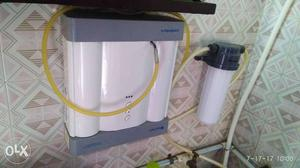White And Gray Water Purifier