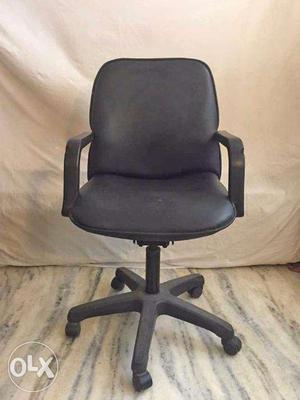 Ex Chairs Low back Black Color: Qty 6, Blue - Med Back