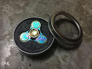 Metal heavy rainbow fidget spinner