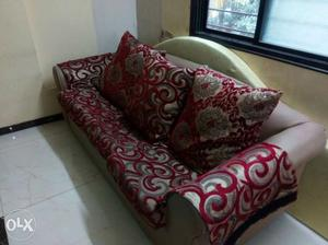 Sofa to sell URGENTLY. Available at very low price.