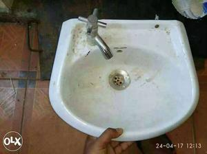 White Ceramic Sink With Stainless Steel Faucet with stylish