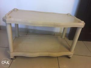 White Plastic 2-layer Table