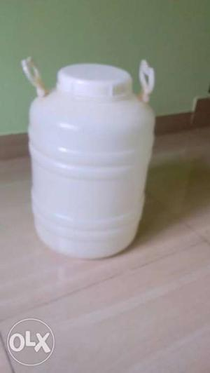 Drinking water storage can. used only once.