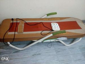 Sparingly Used Vigen TOP nTOP  Therapy Machine in