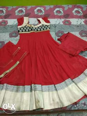 Hurry up less tym grab it red heavy suit Puja