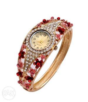 Premium ladies bracelet wrist watch