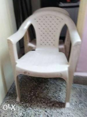 Need to sell 3 chairs on urgent basis. all 3 at