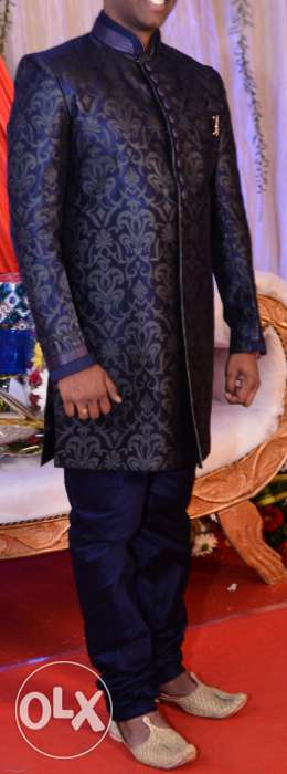 Indo western suite from Manyawar for wedding occasion, used