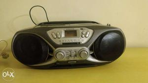 Samsung stereo with USB option for sell.