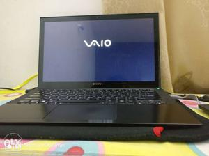 Sony Vaio laptop with touchscreen excellent
