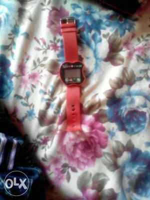 It is not a smart watch it is a simple watch