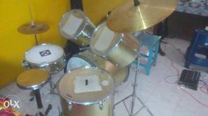 Pluto full size drum kit... Ready to use with