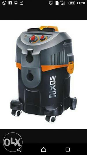 Black And Gray Wet&Dry Vacuum Cleaner Mo.