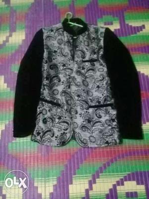 Black blazer medium size (not for kids)