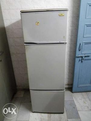Bpl fridge 250l is up for sale