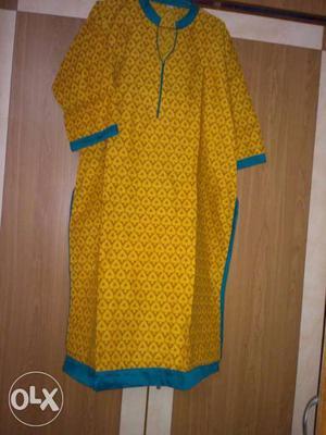 3xl ready to wear kurtis at Rs 300 each. 100 %