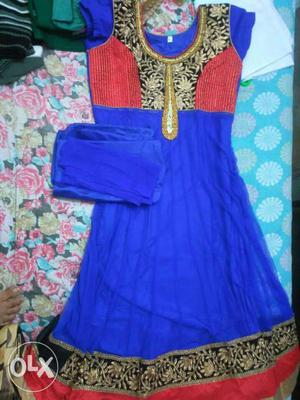 Blue And Black Floral Sleeveless Traditional Dress