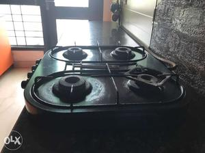 Chula with 4 burners in good condition with black