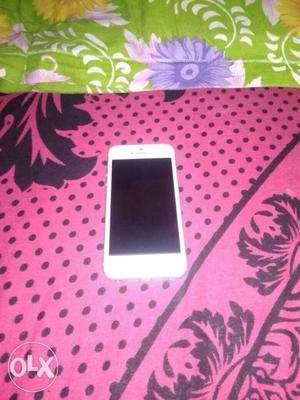 IPhone 5, 16gb, white colour, one year old with