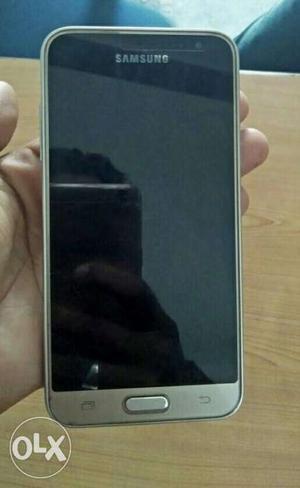 Samsung Galaxy j3-6 nd 4g set very Good condition
