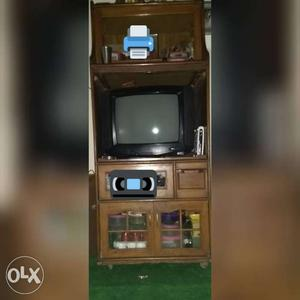 LG TV and TV Trolley in very good condition +