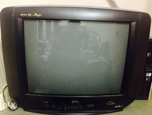 LG golden eye magic in very good condition