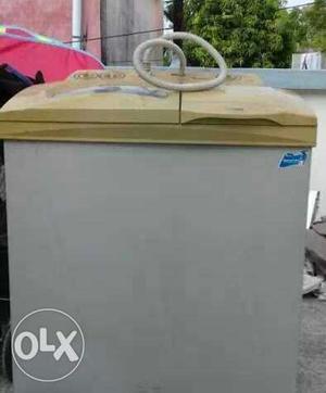 White And Beige Twin Tub Washing Machine