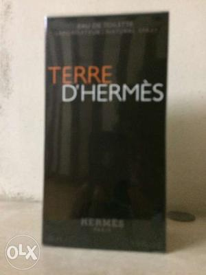 It imported perfume very good in it pack peice