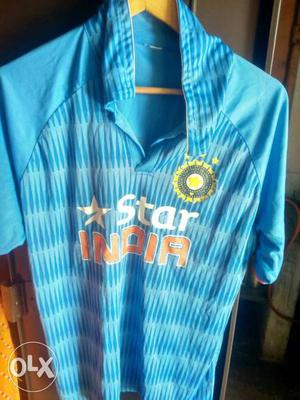 Man in blue Star India Polo t shirt and formal pent 32 size