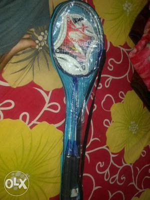 Blue Badminton Rack With Plastic Case