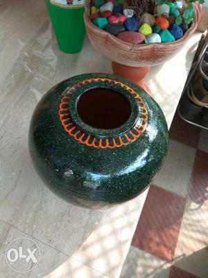 Painted pot for both interior and exterior