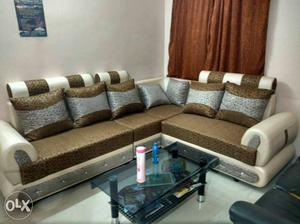 ROYAL luxury new L-shaped sofa set with 7pillows.. new one..