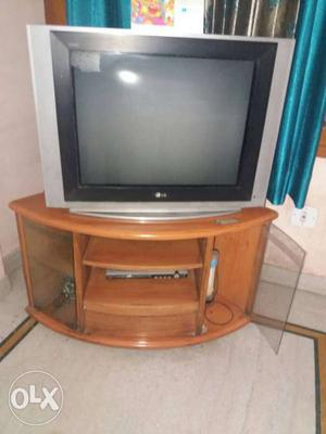 "LG TV 32"" + TV trolley"