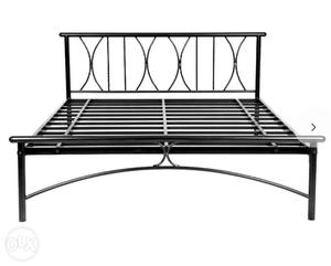 Wrought Iron bed in excellent condition