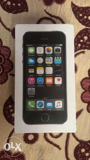 5s showroom condition without any scratch and no