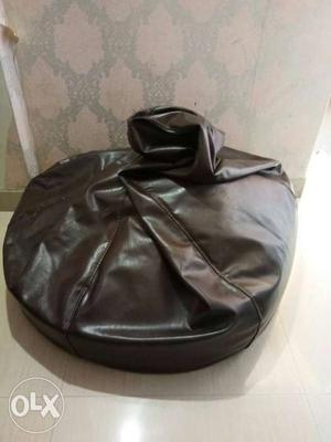 3xl bean bags brown colour want to sell 2 of them